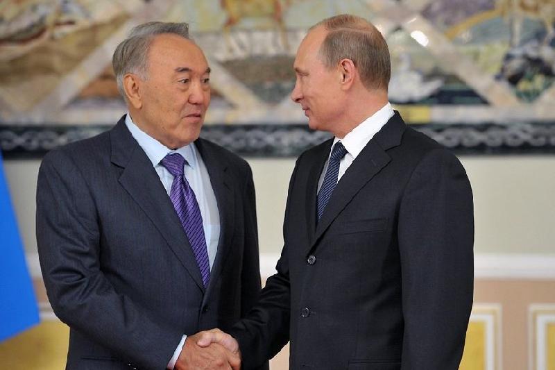 Назарбаев пен Путин ЕАЭО мен ҰҚШҰ саммиттерінің қорытындысын талқылады