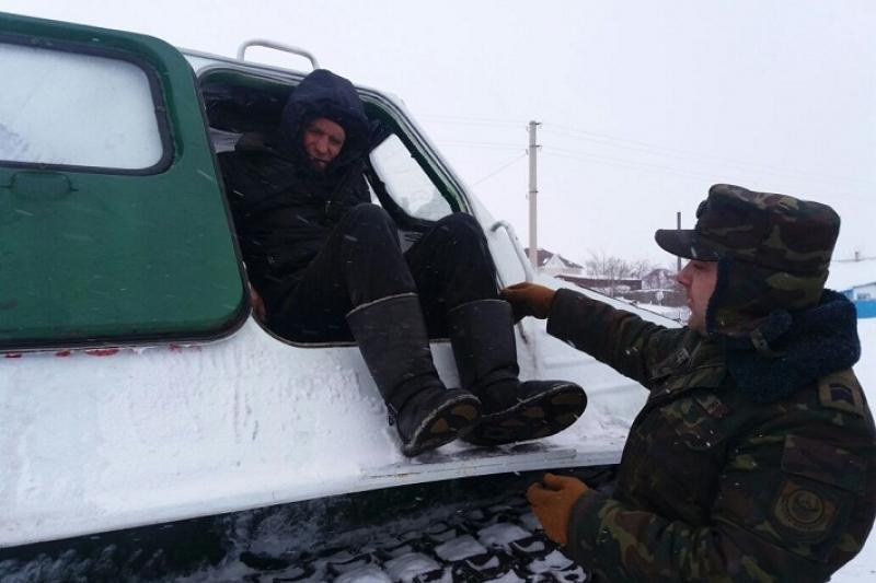 Для поиска жителя Акмолинской области спасатели задействовали болотоход