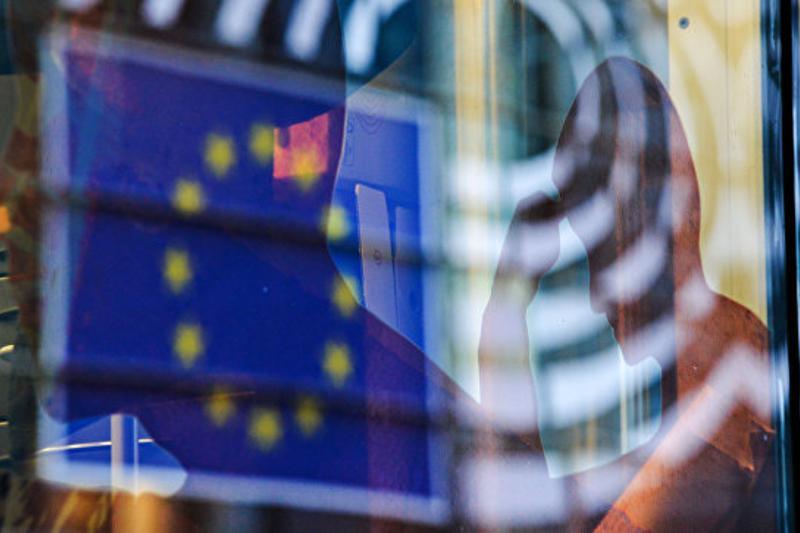 Уровень безработицы в еврозоне составил 9,8%