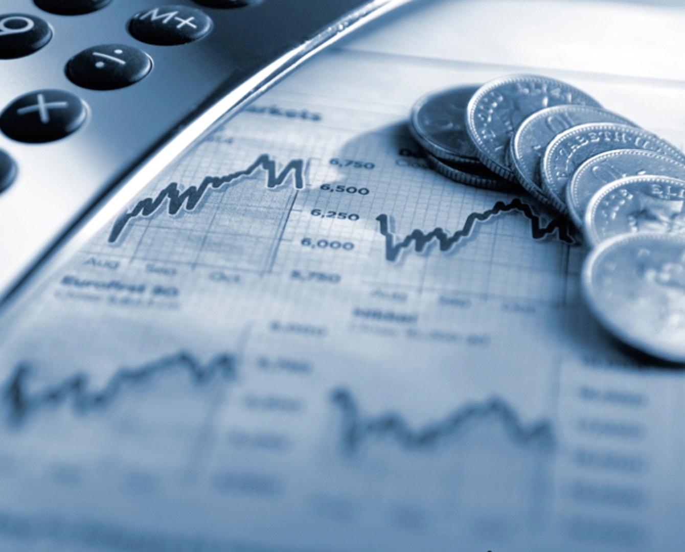 美国股市暴跌 道琼斯指数周一下挫1175点