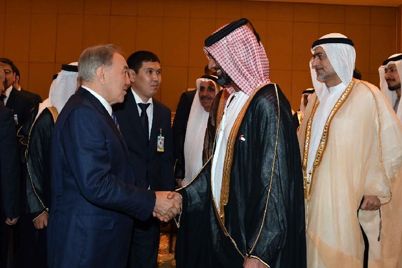 Нельзя допустить раскола исламского мира на две части - Назарбаев