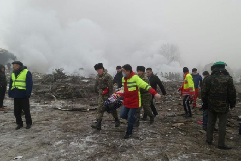 Пострадавшим и семьям погибших в авиакрушении под Бишкеком выделят по 70 тыс сомов