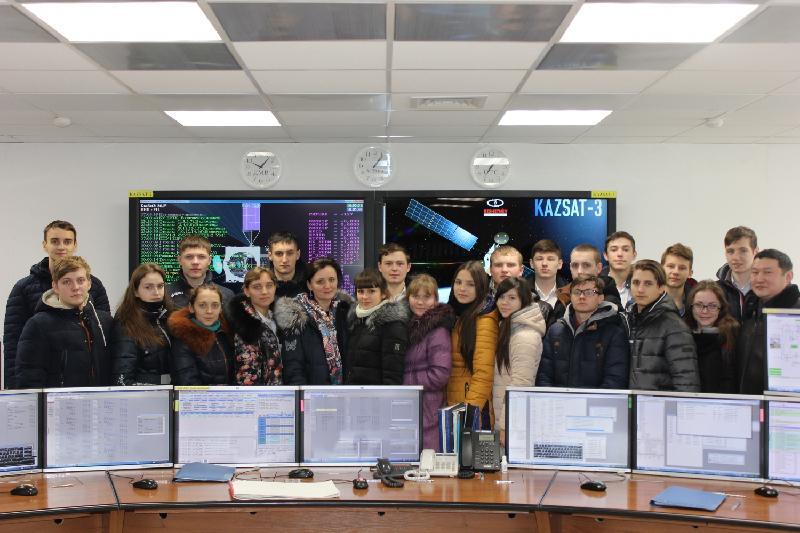 Сельских ребят пригласили в центр космической связи в Акколе
