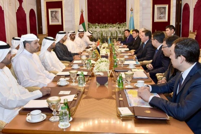 阿斯哈尔·马明会见阿联酋副总理曼苏尔