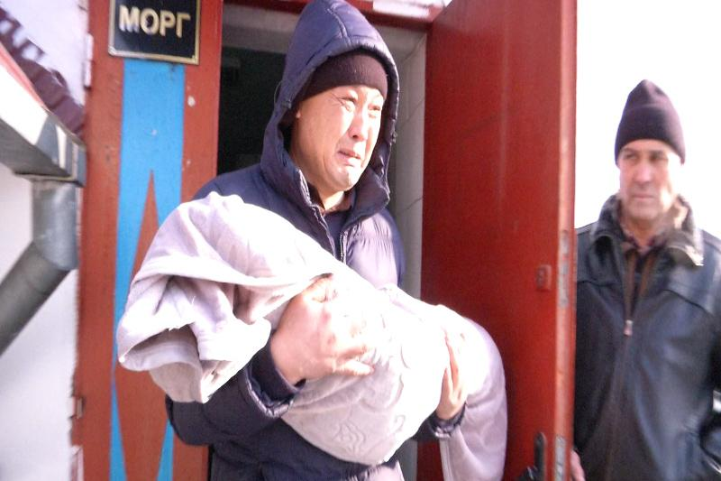 Годовалый мальчик умер от большой потери крови в Алматинской области