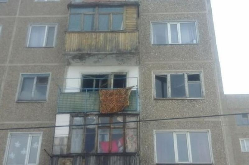 Двое детей погибли при пожаре в квартире в Караганде