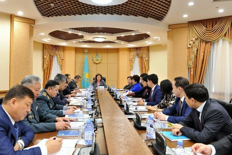 Необходимо научить молодежь выживать в условиях кризиса - Дарига Назарбаева