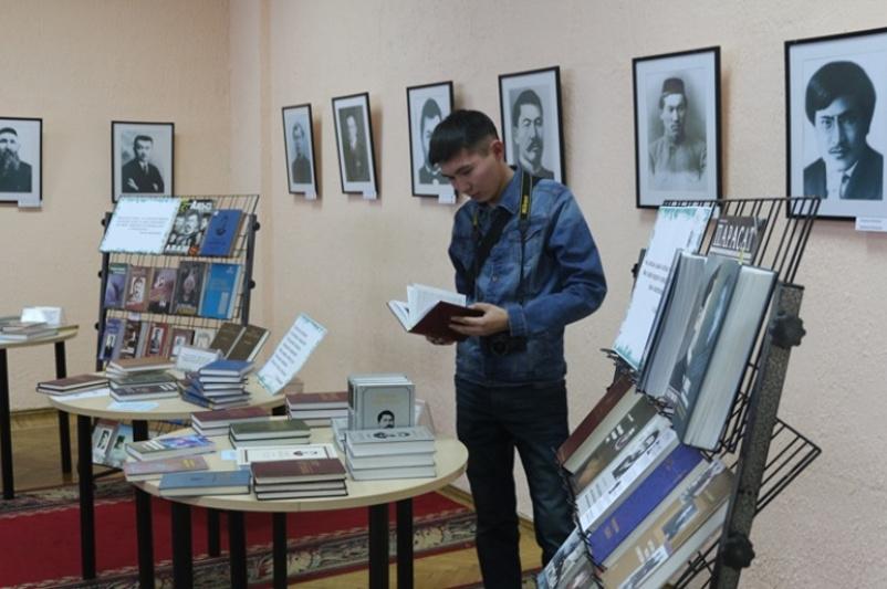 Уникальные документы представлены на выставке к 100-летию «Алаш» в Усть-Каменогорске