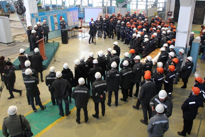 Вопросы индустриализации обсудили мажилисмены на встрече с заводчанами в Караганде