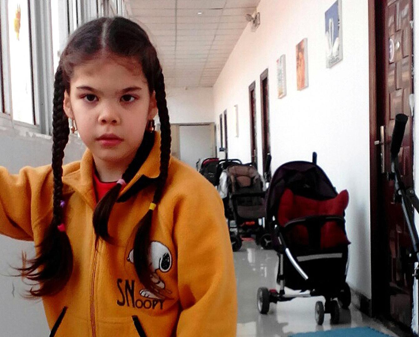 КВНщики из Астаны отдали миллион тенге на лечение 9-летней девочки