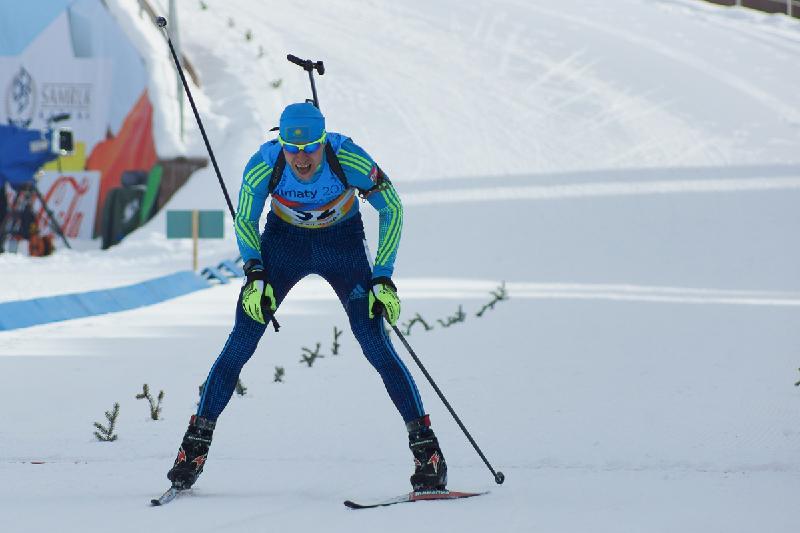 我国运动员在冬季两项赢得一银一铜