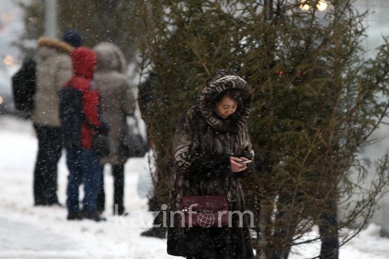 Метель и осадки ожидаются в Казахстане в воскресенье