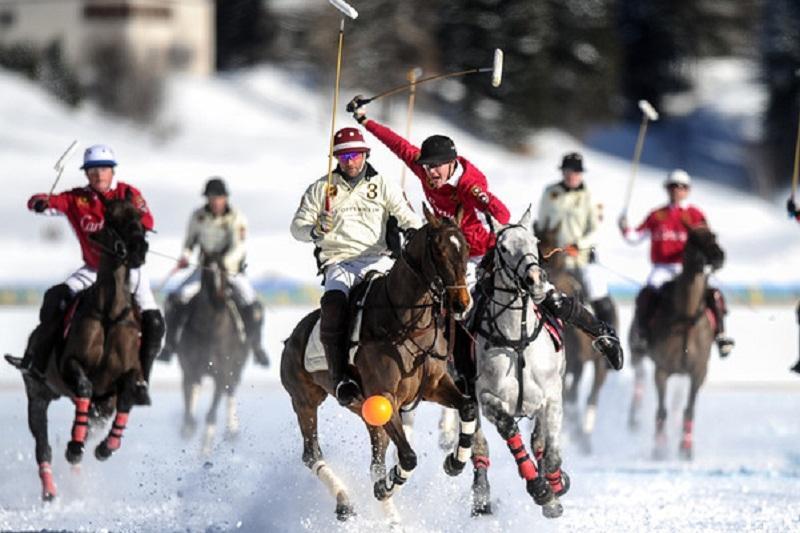 我国将首次举办雪地马球世界杯赛