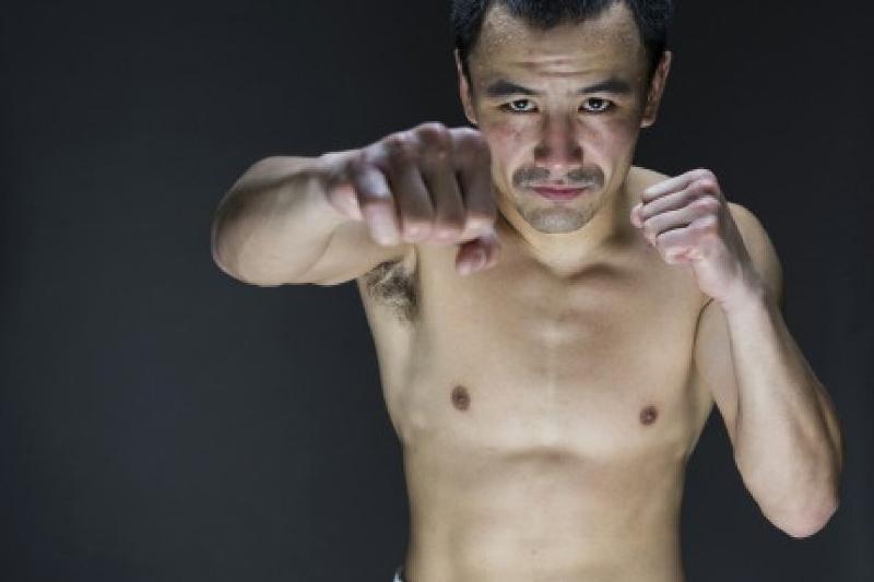 IBF экс-чемпионы Жақияновпен емес, Макдоннеллмен айқасады