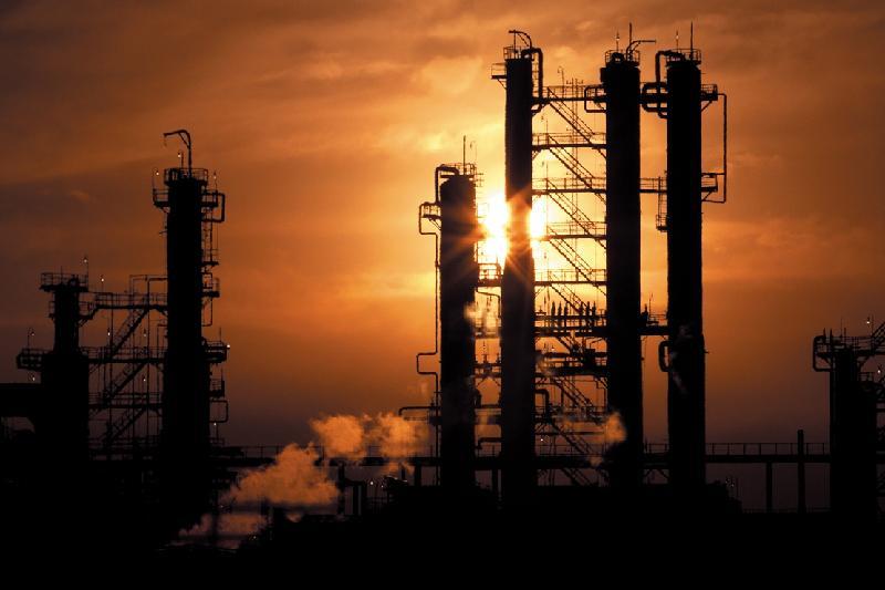 Павлодарский НПЗ отгрузил около 58 тысяч тонн бензина К4 за две недели