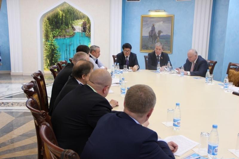 Опыт Казахстана приобретает большое значение для Беларуси - эксперт