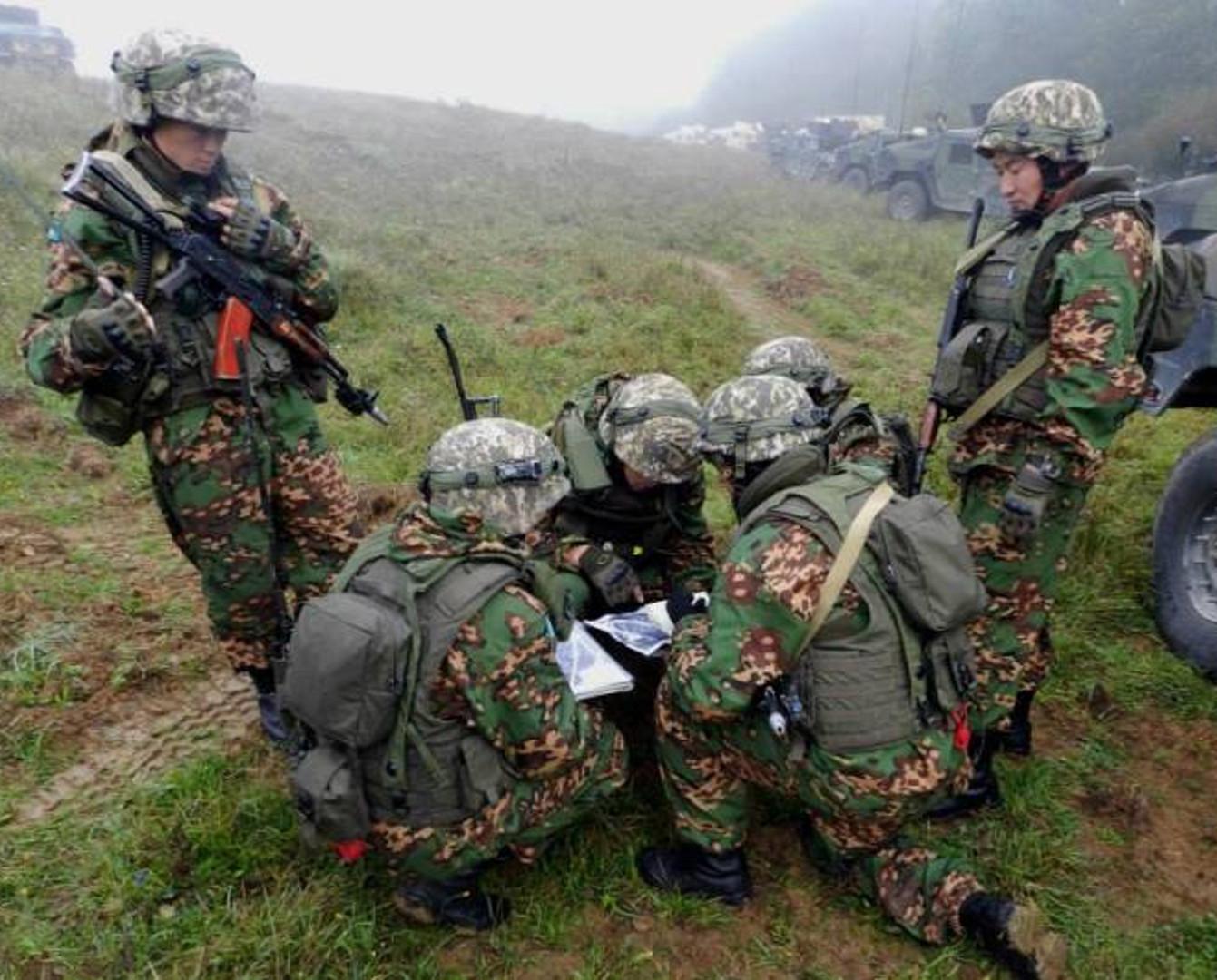 В воинских частях планируют создать роты для помощи при ЧС