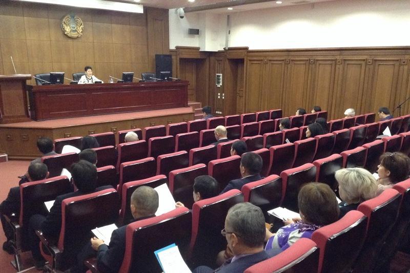 Решение о вводе специального валютного режима нужно передать Нацбанку - Минюст