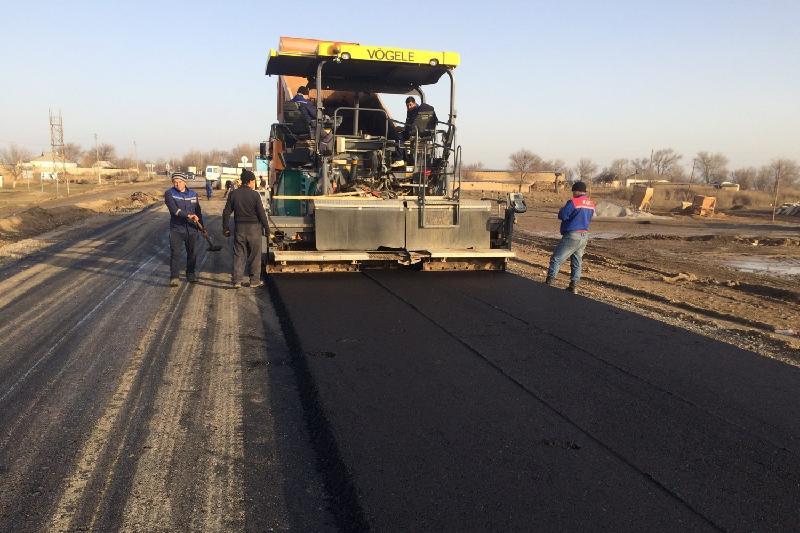 Более 1300 км дорог отремонтируют в Южном Казахстане