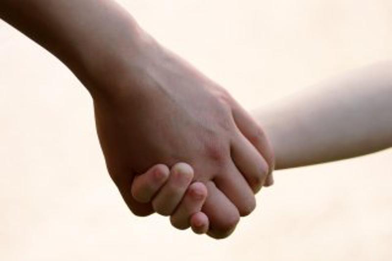 Избившая свою 3-летнюю дочь павлодарка хочет восстановить родительские права