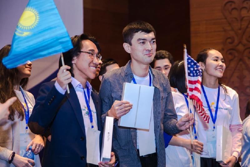 Павлодарский студент победил в национальном конкурсе правописания по-английски