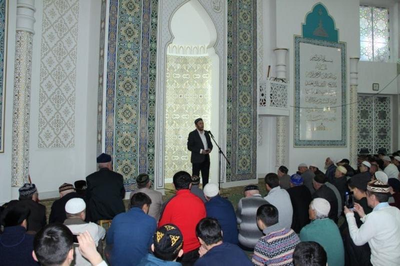 О священном долге перед родителями напомнили мусульманам Павлодарской области