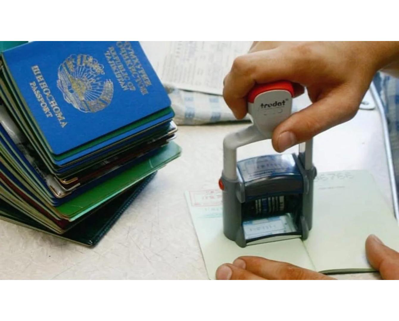 Более 2 тысяч иностранцев устроились на работу в феврале в Казахстане