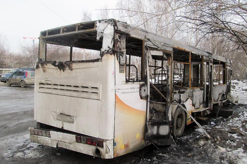 Ақтөбеде жолаушылар автобусы өртеніп кетті