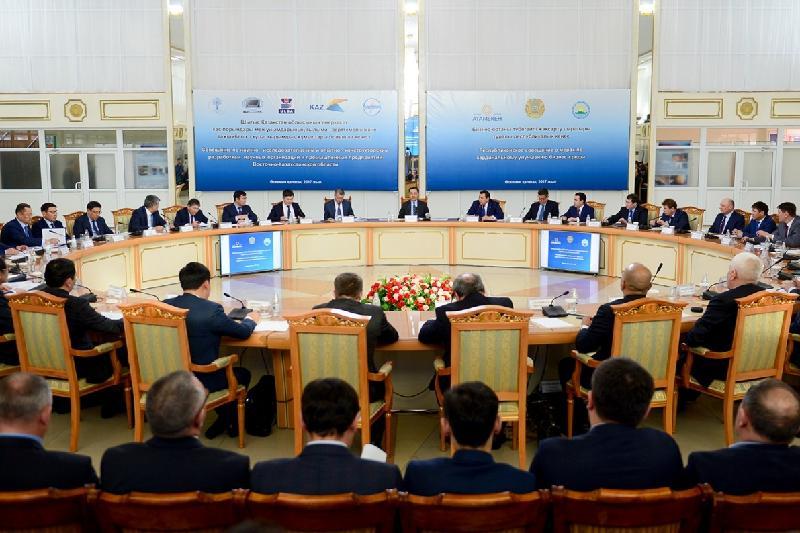 Сагинтаев встретился с предпринимателями Восточно-Казахстанской области