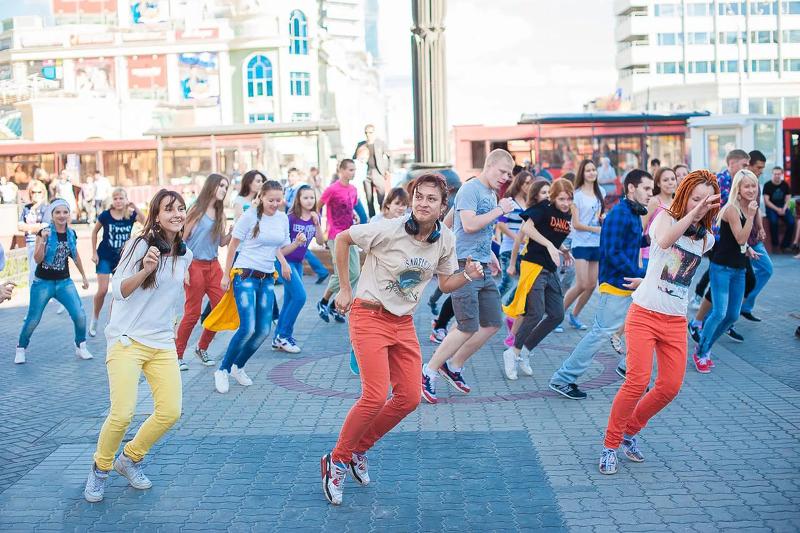 Мюзикл о сотворении мира покажут жителям Караганды