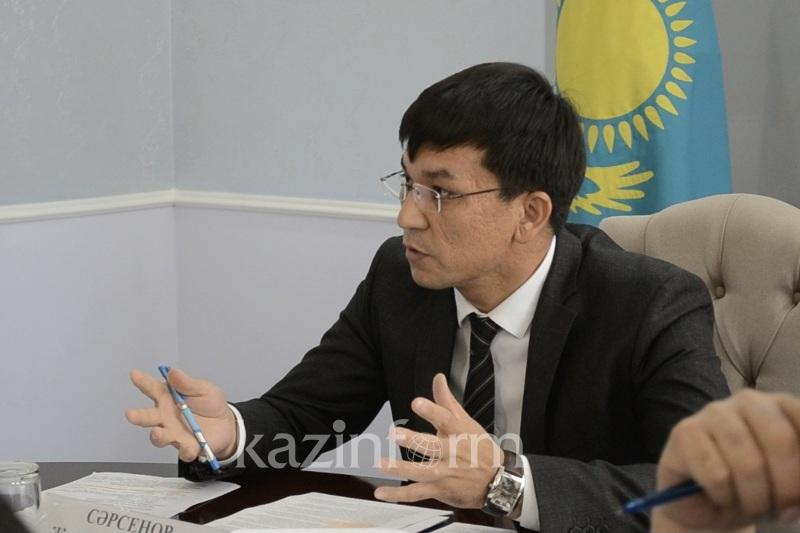 Балқаш ТКШ бөлімінің басшысы қызметкерлерімен саунада ішімдік ішкен