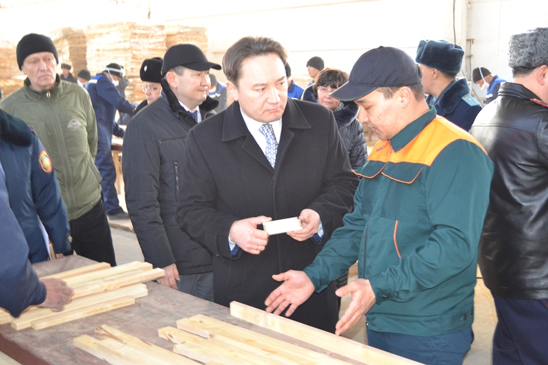 Китай покупает продукцию работающего в колонии Павлодара предприятия