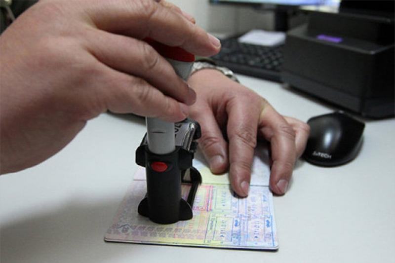 Казахстанцев не впустили в Литву из-за билетов в Германию - МИД РК
