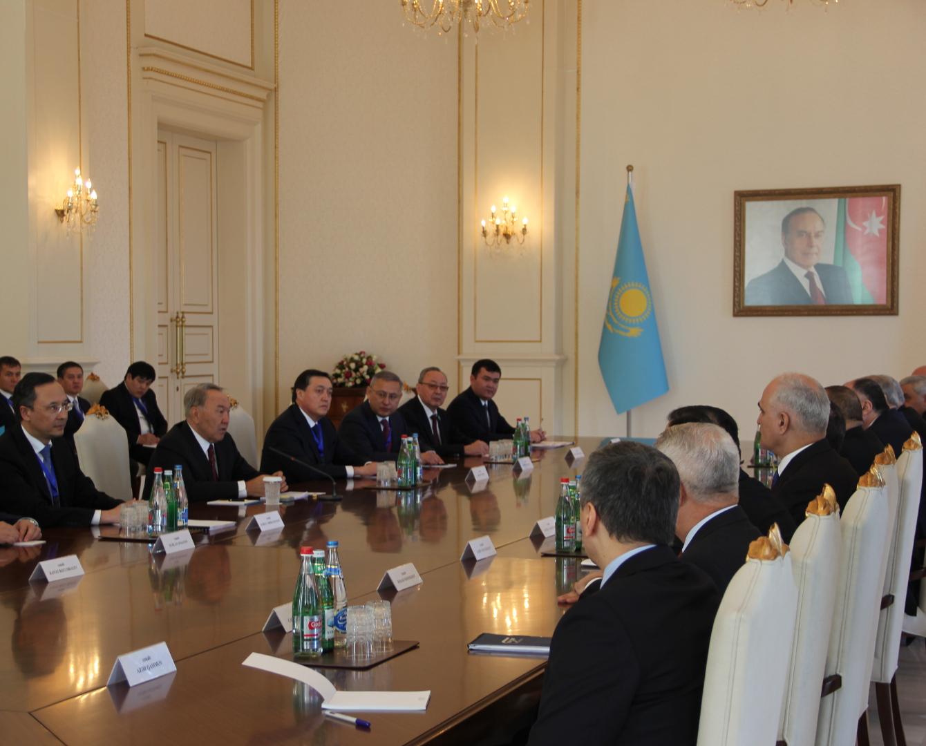 Казахстан и Азербайджан намерены нарастить  товарооборот за 2-3 года
