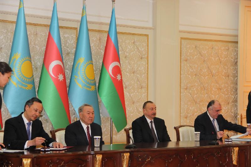Казахстан и Азербайджан подписали ряд документов