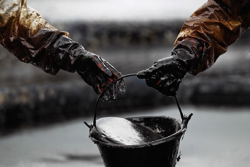 По подозрению в хищениях нефти в Атырау задержаны 14 членов ОПГ