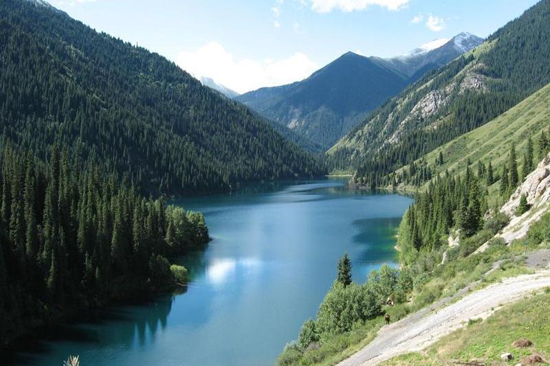 Проблему развития туризма в Алматинской области назвал эксперт