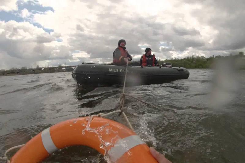 Тонувших рыбаков спасли в Аксу
