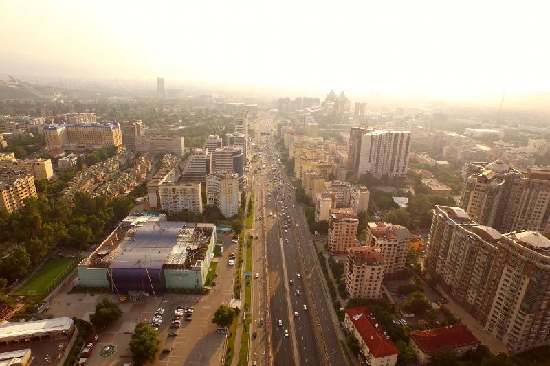 В Алматы официально запретили строительство высоток южнее улицы аль-Фараби
