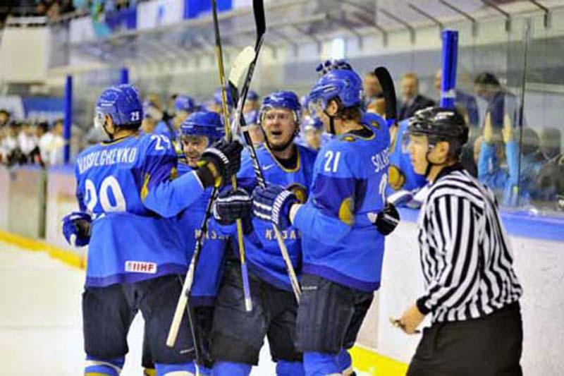 Kazakhstan stuns Hungary to wrap up 2017 IIHF