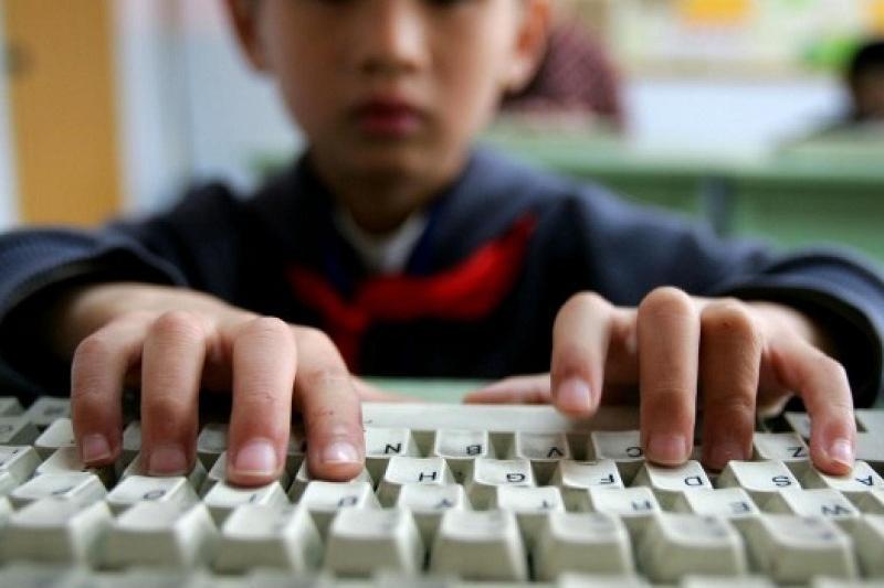 Қазақстанда балалар зиянды компьютерлік ойындардан қорғалады