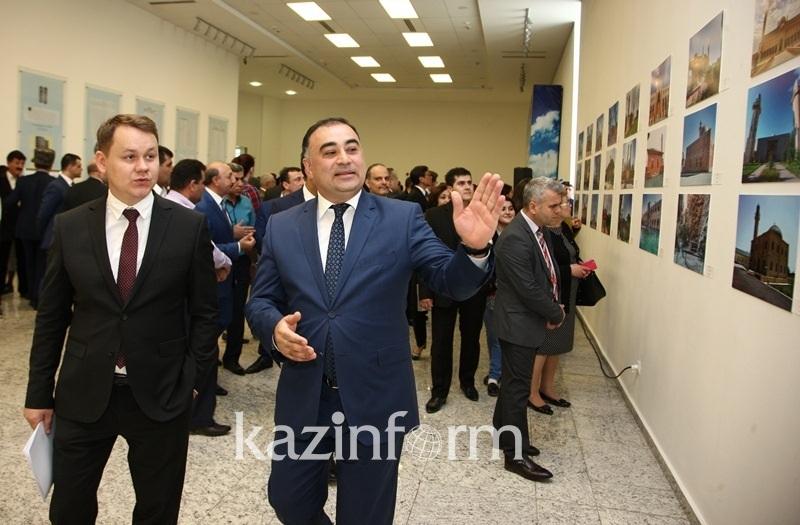Фотовыставка «Азербайджан - жемчужина исламского мира» открылась в Астане