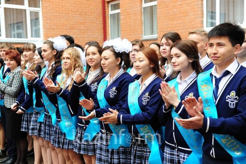 В МОН РК прокомментировали слухи о продлении учебного года для 11-классников