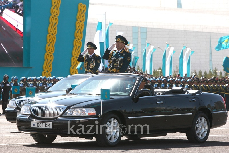 Astana hosts biggest ever military parade