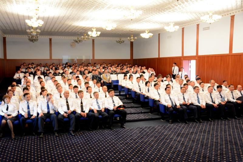 За мужество наградили троих жамбылских полицейских