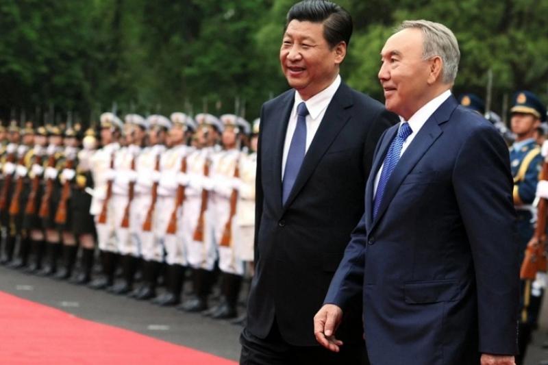 纳扎尔巴耶夫呼吁亚投行向货物通关简化工作提供资金支持