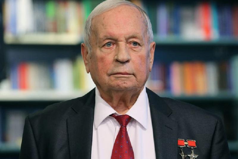 Скончался летчик-космонавт СССР Виктор Горбатко