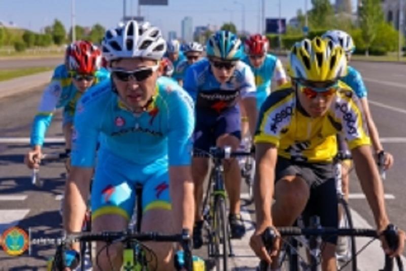 Массовый велопробег прошел в Астане