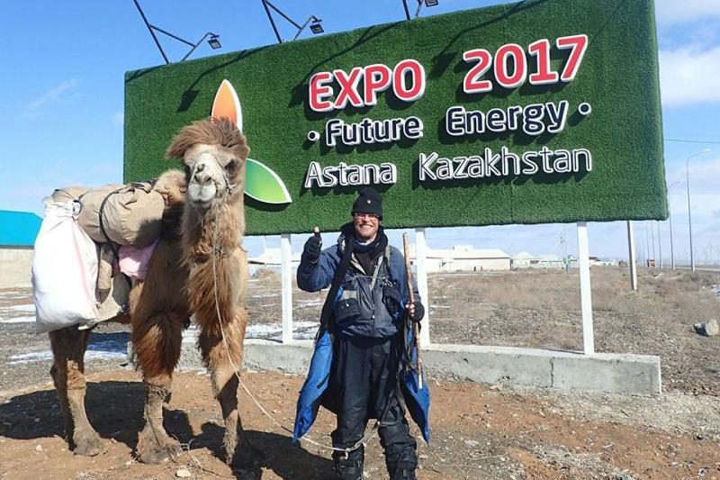 Кристиан Бодегрен из Швеции завершил свое путешествие на верблюде по Казахстану