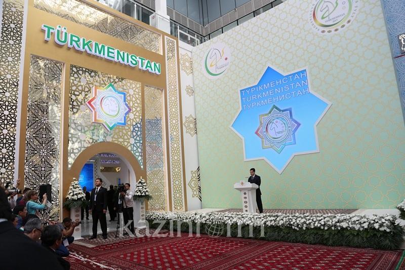 Президент Туркменистана открыл национальный павильон на ЭКСПО-2017